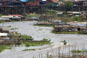 """Exceptionally low"" flows in the Mekong River pose serious threat to SE Asia's largest lake of Tonle Sap"